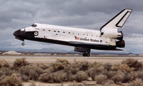 STS-98 Atlantis Reentry and Landing: Feb. 20, 2001